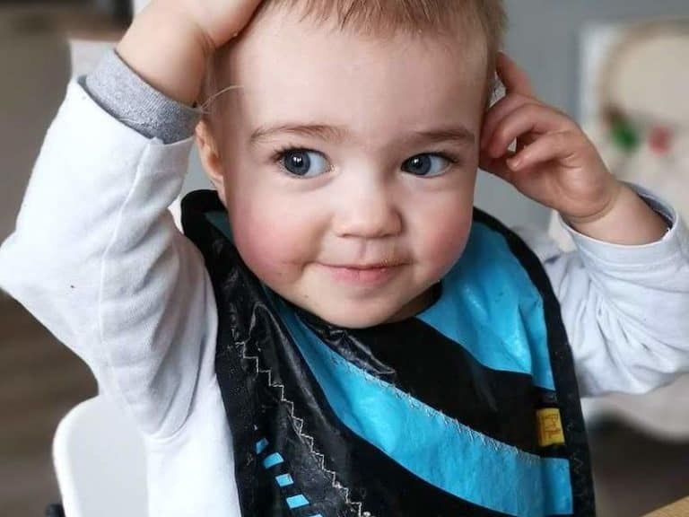 baby-bib-blue-phishphaktory-products