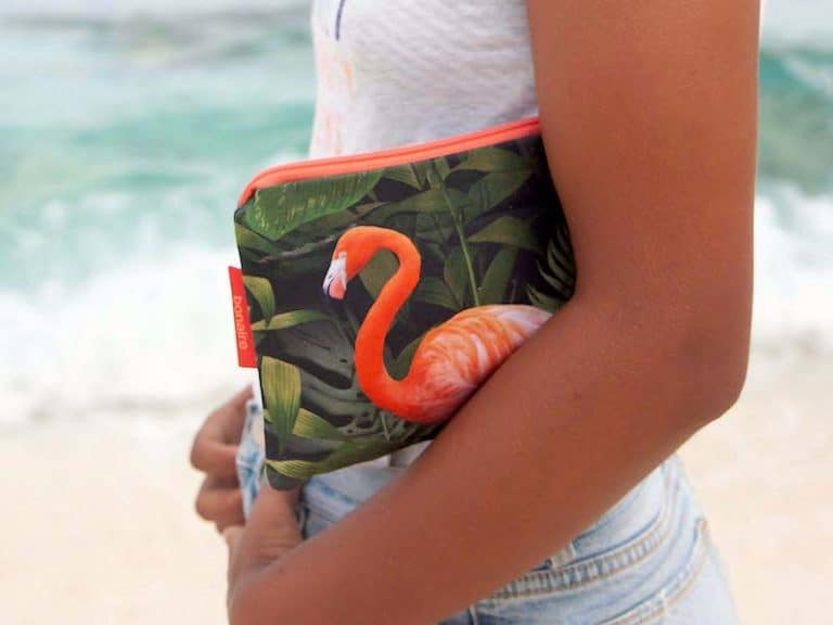 flamingo-pouch-phishphaktory-products
