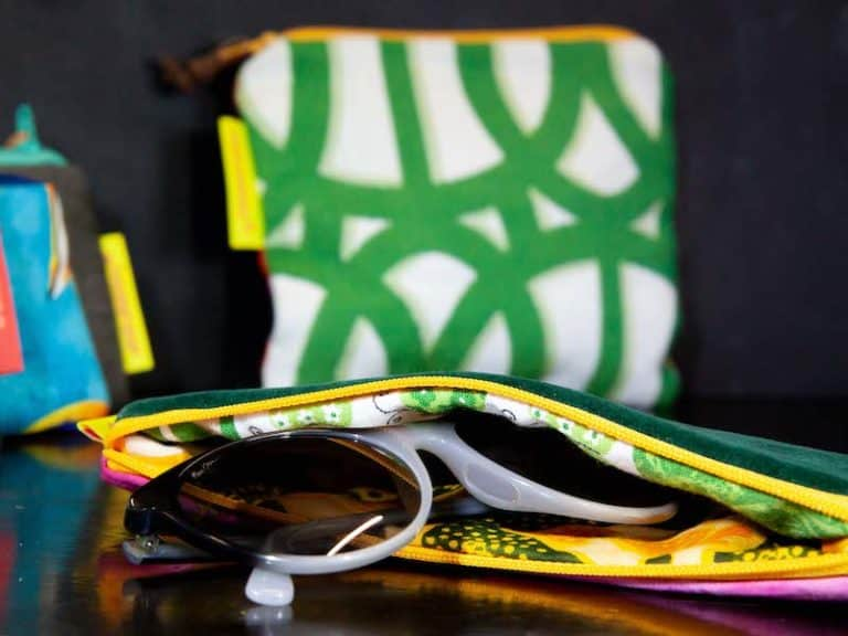 small-wallet-glasses-products-phishphaktory